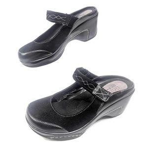 Rialto Comfort Clogs Womens 7 Black Suede Leather